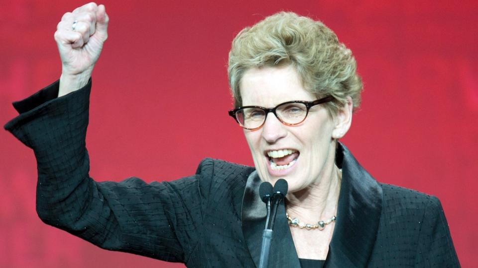 """On va faire d'Ontario, un pays...er, balanced budget""Frank Gunn"